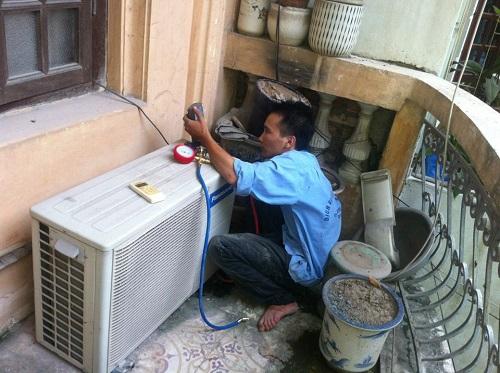 Thợ Trung tâm điện lạnh Lê Hưng