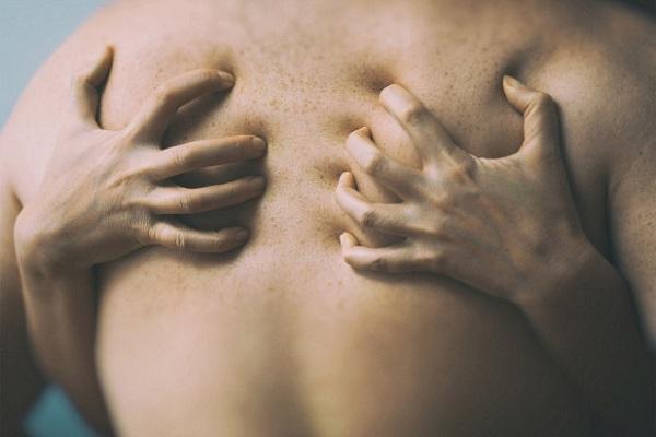 cách co bóp tử cung khi quan hệ, co bóp tử cung khi quan hệ, cách co thắt tử cung khi quan hệ , hiện tượng co thắt tử cung khi quan hệ , đau tử cung khi quan hệ