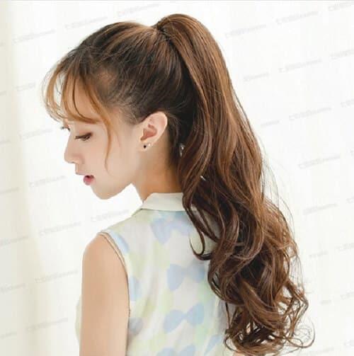 tóc dài uốn đuôi nhẹ nhàng